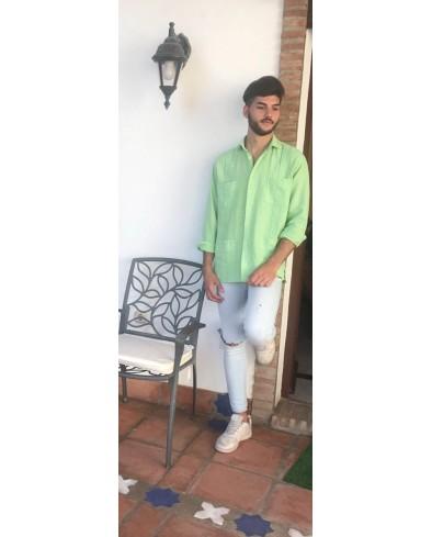 Guayabera Lino color verde clara
